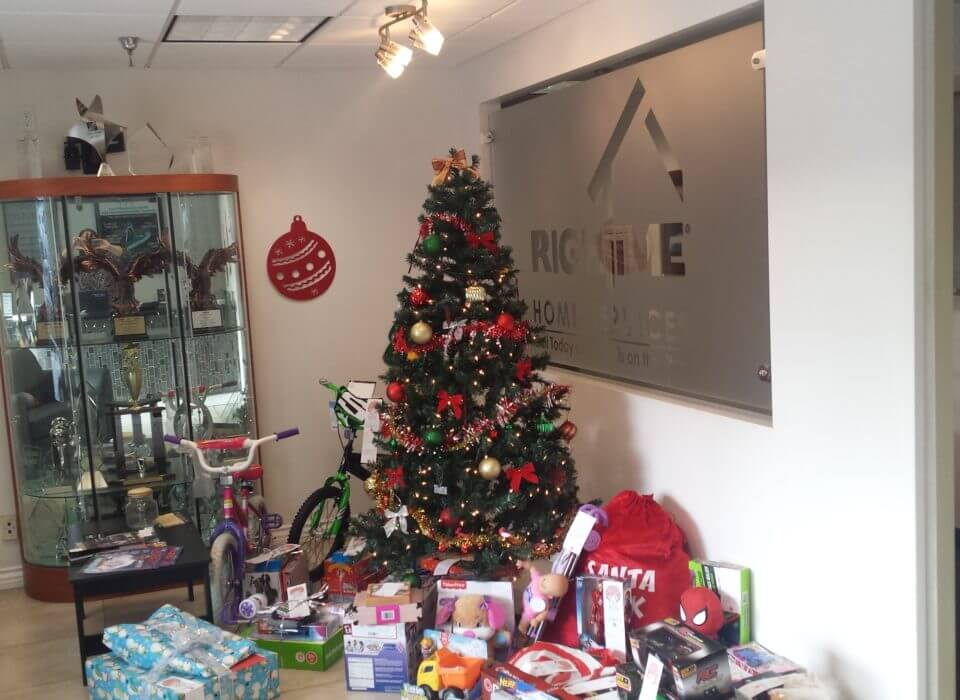 RighTime Home Services Helps Make The Holidays Special For Those Less Fortunate with Salvation Army of Riverside